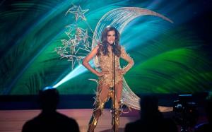 Miss-Universe-sing_3173214k