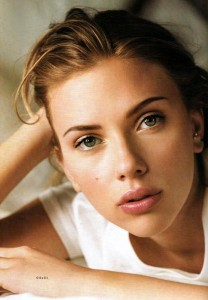 Scarlett-in-Vogue-UK-2006-scarlett-johansson-251059_500_718