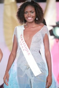 Axelle Perrier, Miss Martinique World 2011 (7)