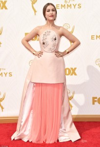 2C91C26000000578-3242774-Making_a_statement_Singer_Joanna_Newsom_the_wife_of_Emmys_host_A-a-8_1442819308916