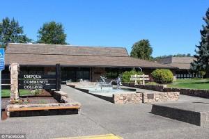 2CFC103600000578-0-A_gunman_opened_fire_at_Umpqua_Community_College_in_Oregon_killi-a-20_1443763879537