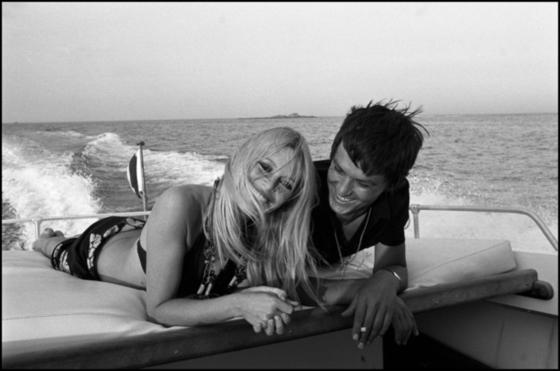 Brigitte Bardot with Alain Delon **nb 9913**