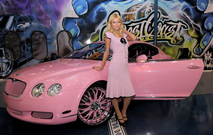 Paris Hilton and Her New Pink Bentley Photo by Gilbert Flores ***EXCLUSIVE*** West Coast Customs Presents Paris Hilton with Custom Pink Bentley at the West Coast Customs December 17, 2008 - Corona, California CelebrityPhoto.com P.O. Box 1560 Beverly Hills, CA 90213-1560 TEL 310 786-7700 FAX 310 777-5455