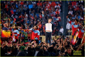 coldplay-super-bowl-halftime-show-2016-video-06