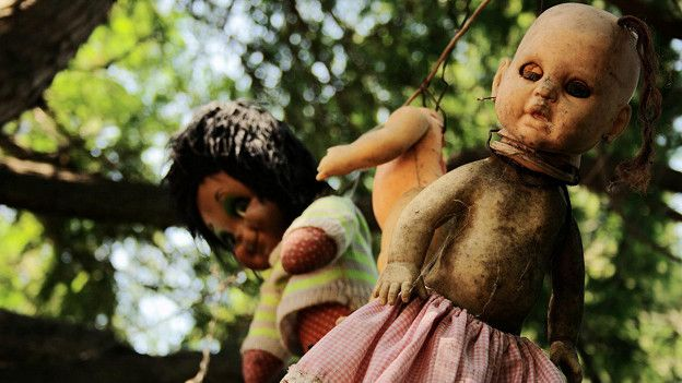160408105719_scariest_island_of_haunted_dolls_624x351_espartapalmaiseedeaddollsflickrccby2.0_nocredit